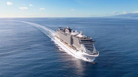 La hospitalidad no es solo un lugar elegante o un servicio impecable. La  hospitalidad de MSC Cruceros es mucho más. Es una forma de vida y un  servicio que ... 6982c1441e10