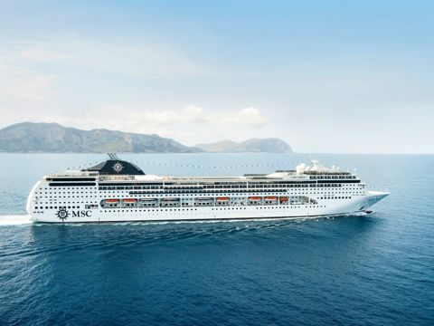 Crucero Emiratos árabes y Omán